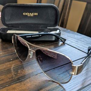 Coach HC7049 Aviator Sunglasses